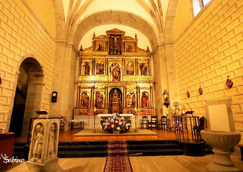Interior de la iglesia de Ahedo