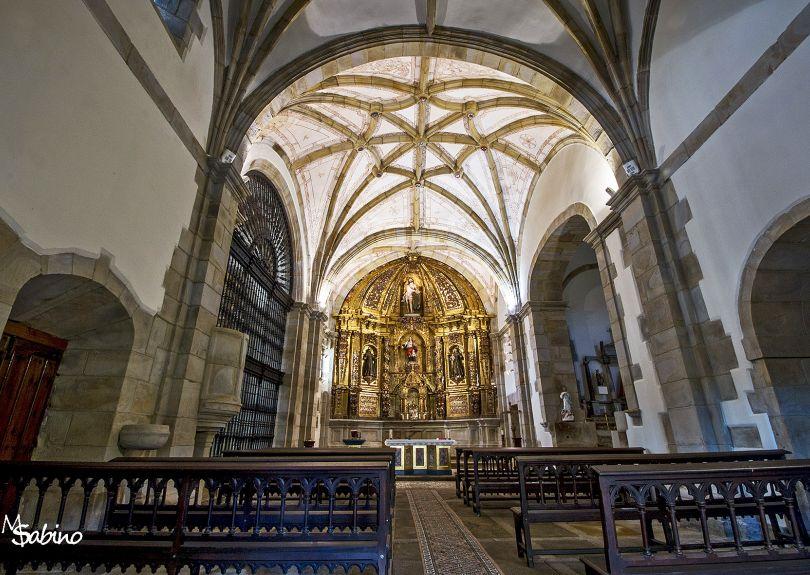 Interior de la iglesia de Santecilla